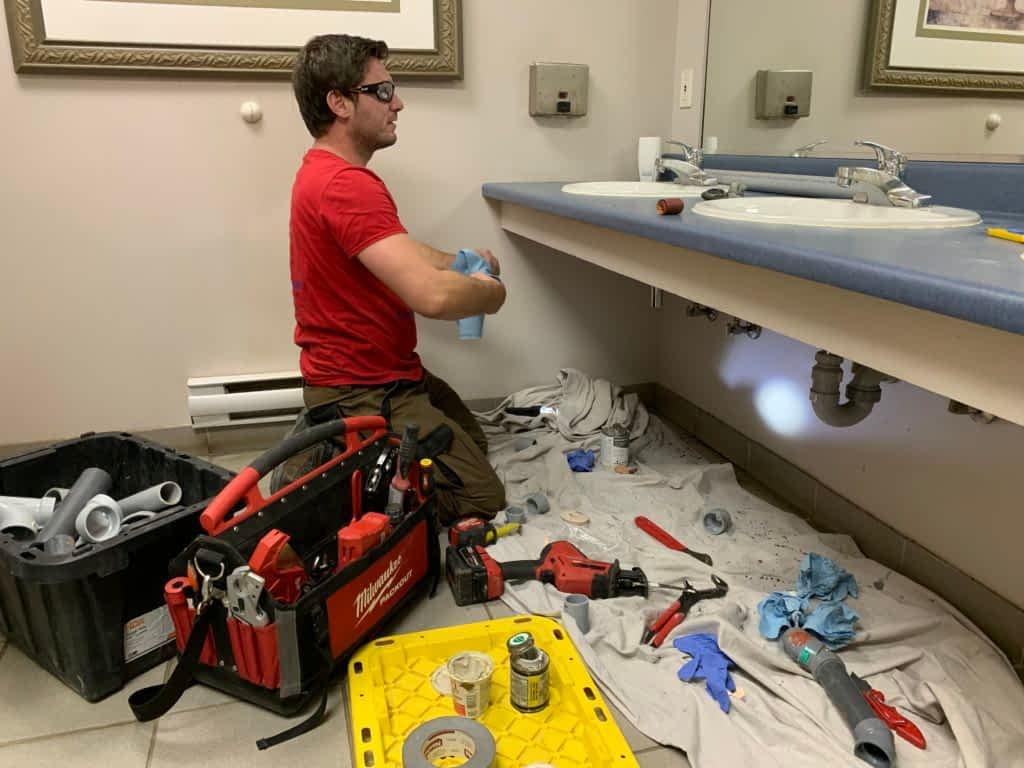 https://tornado-plumbing.com/north-york-plumbers/